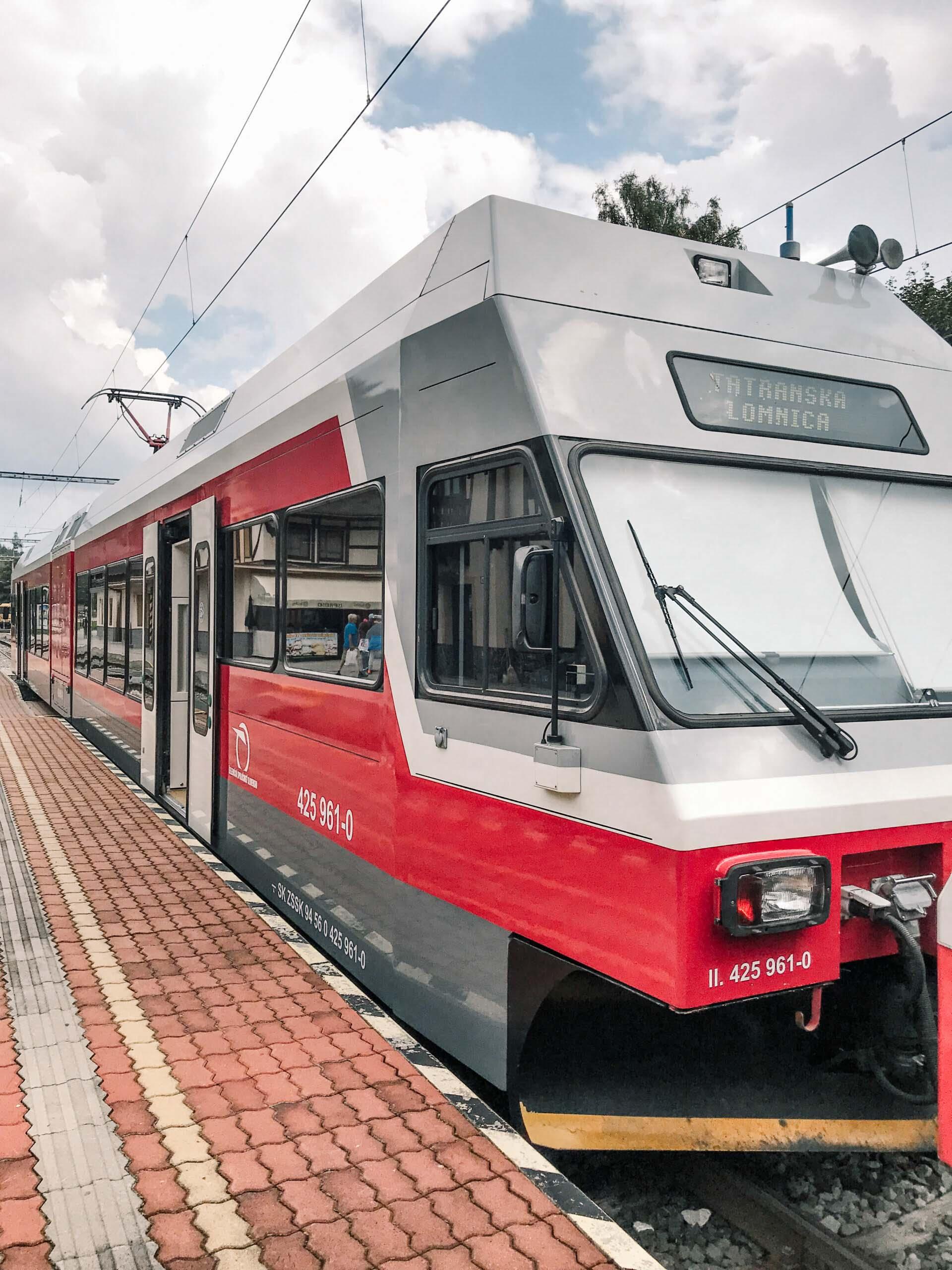 Vysoké Tatry, Tatranská Lomnica - Jiráci na cestách