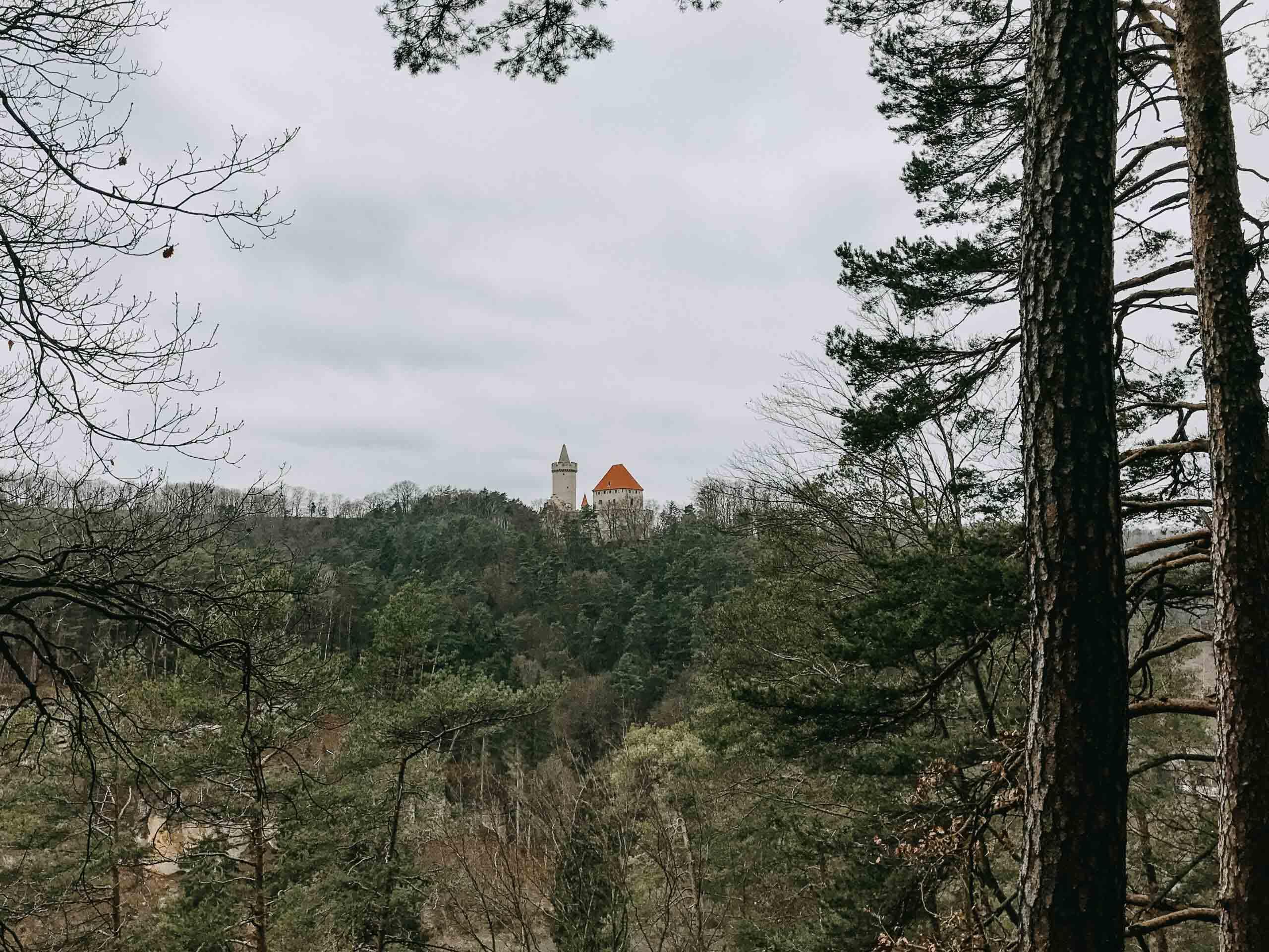 Hrad Kokořín - Střední Čechy - Jiráci na cestách