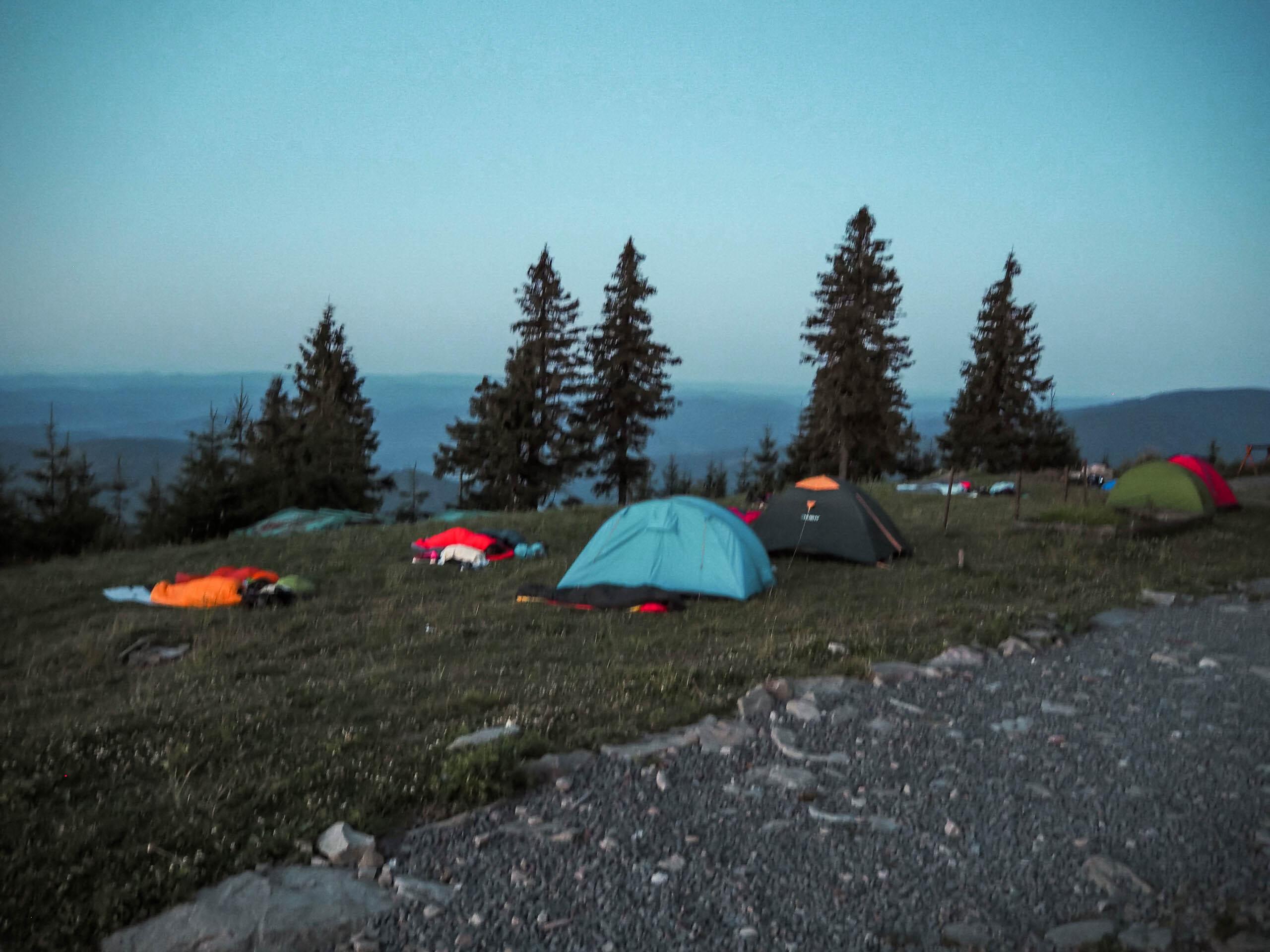 Východ slunce na Lysé hoře - Jiráci na cestách