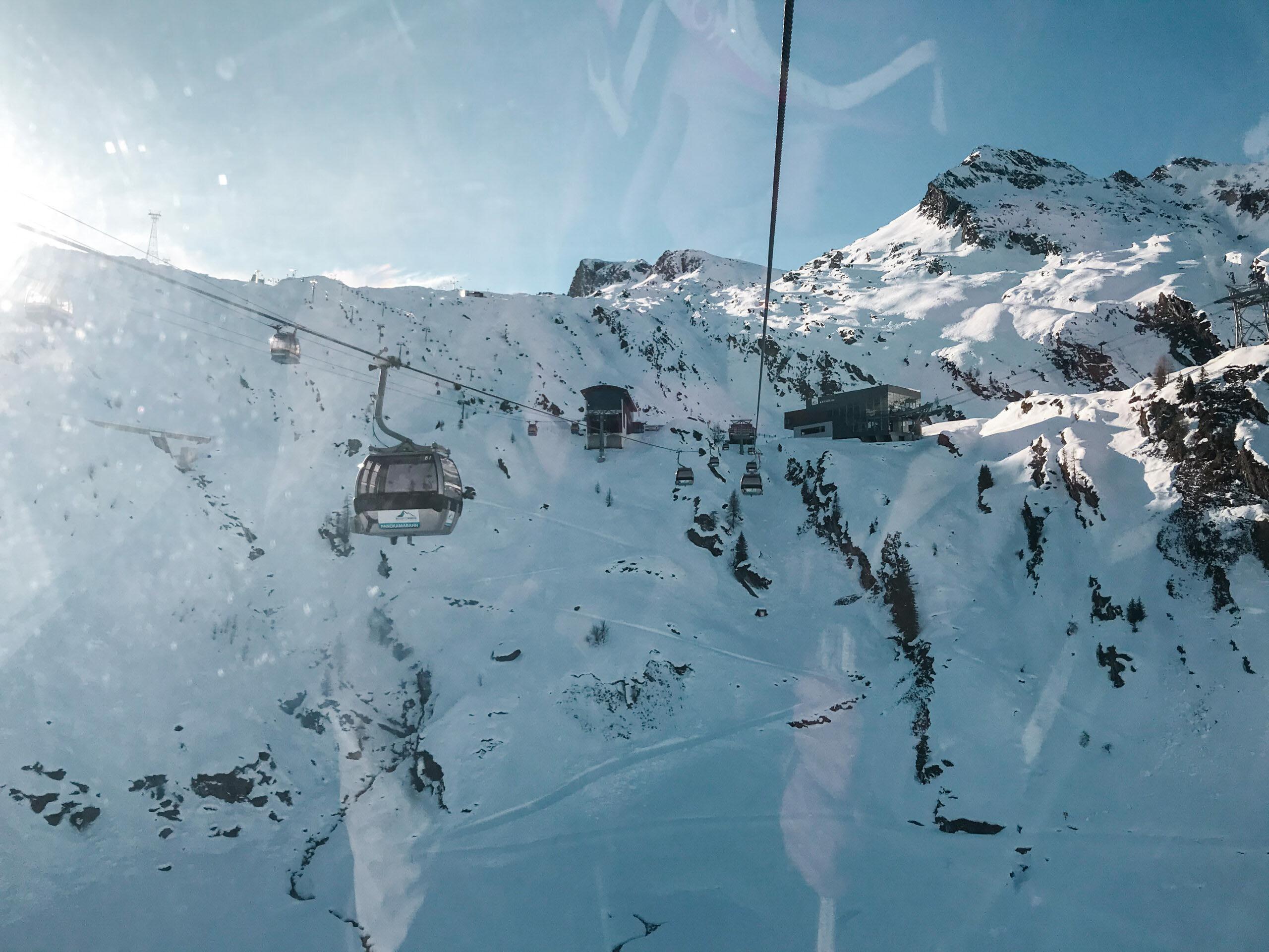 Rakousko, lyžování na ledovci Kitzsteinhorn - Jiráci na cestách